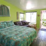 BeachPoint Cottages tropical studio perfect for two
